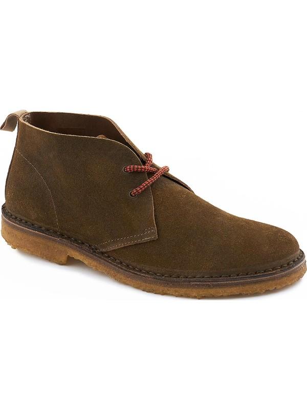 Laced dark chestnut suede desert boot